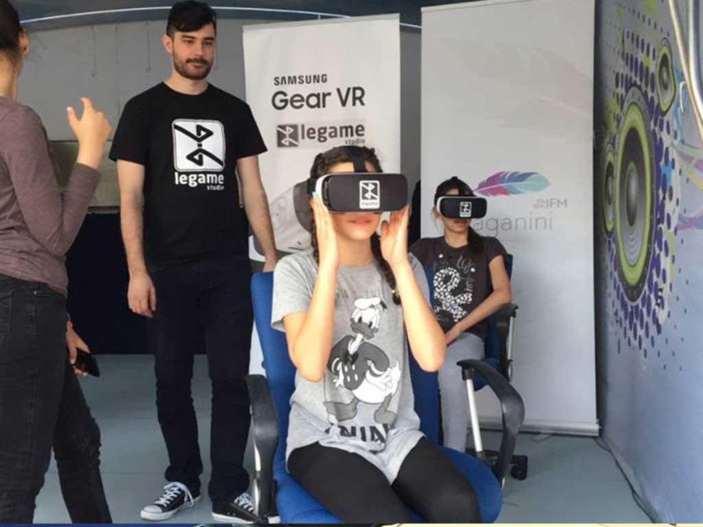 Brendiranje VR zone i promocija putem VR sadržaja za potrebe promocije Autoshowa 2016 - Trg bana Jelačića